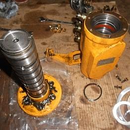 Ремонт поворотного коллектора экскаватора